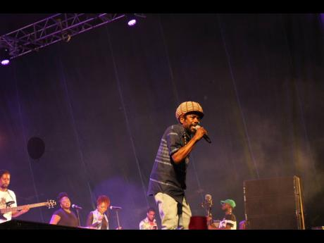 Cocoa Tea rounded out the performances from dancehall veterans.
