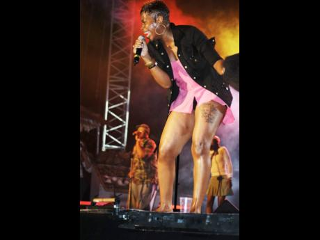 American Idol winner Fantasia in performance at Reggae Sumfest in 2005.